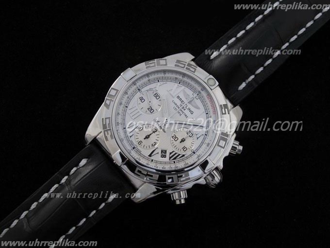 replica breitling watches for sale Chronomat B01 V1 Edelstahl Antarctica Weißes Zifferblatt on Schwa